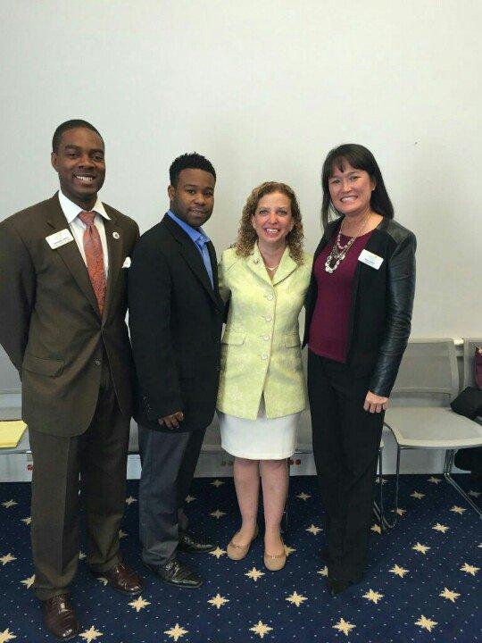 A delegation from Florida Philanthropic Network meets with Representative Wasserman Schultz